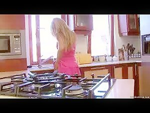 Scorching Wifey Hungers Dark-hued Fellow