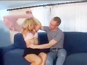 Impressive Lisa Ann Takes A Weenie In The Intrude