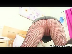 Mature Nina Hartley gets an multiracial rectal