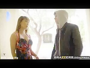 Barbi skips lesson for a blowjob