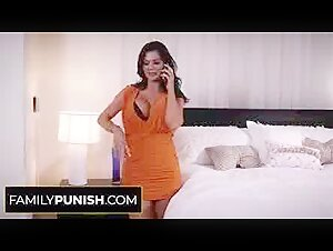 Lollipop gargling milf receives a facehole popshot from a stud