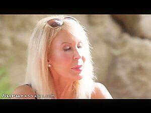 Sarah michelle gellar lez kiss - tata tota les blog
