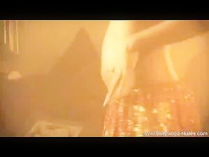 Greatest girly-girl sequence in the history of lezzie vignettes (zdonk)
